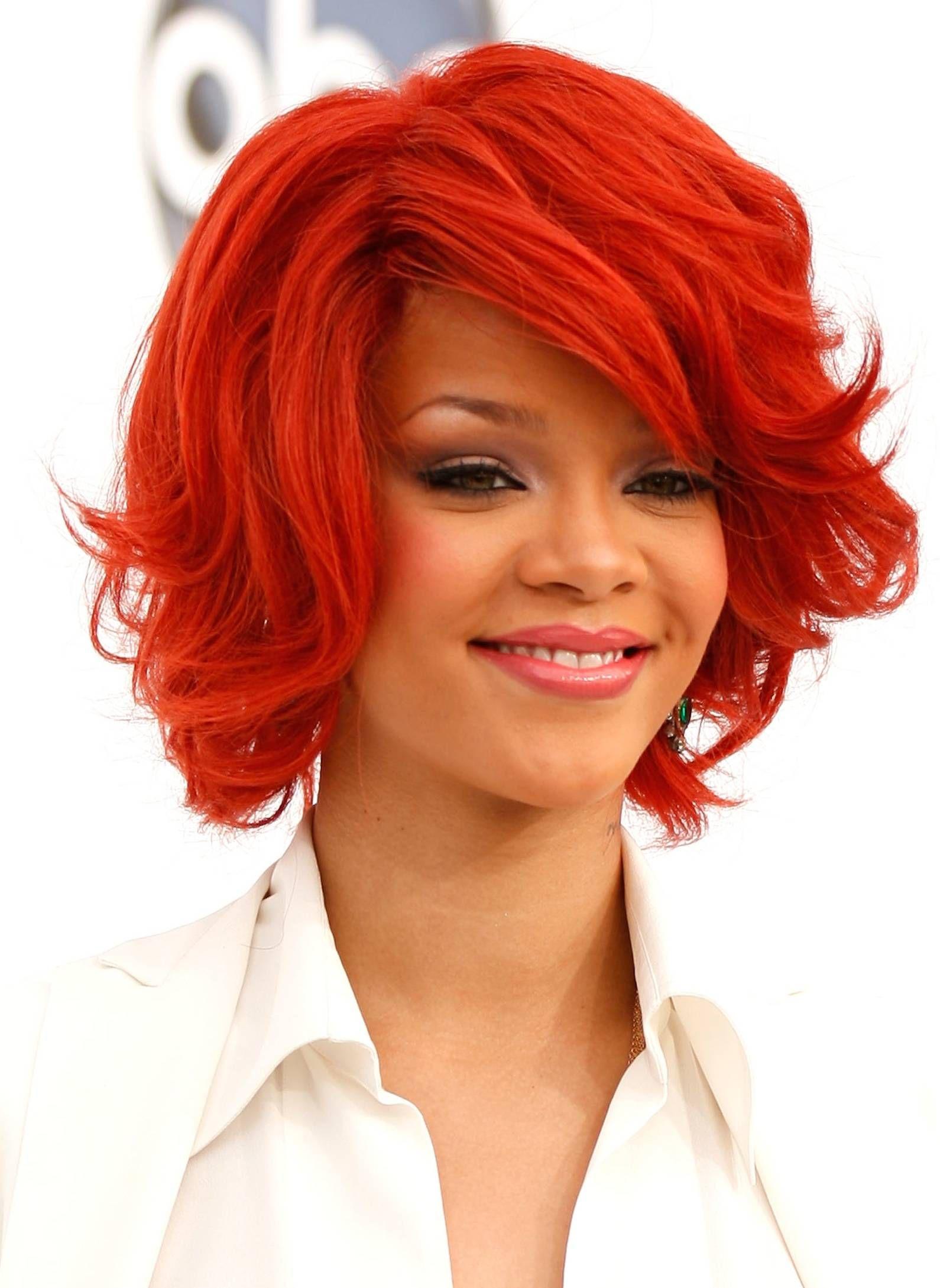 Dope Or Nope: Rihanna's New Short, Curly Hair |Dope Rihanna Haircuts