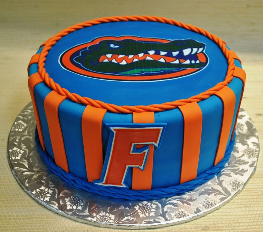 Sensational My Grooms Cake Was Pretty Awesome Go Gators Florida Gator Groom Personalised Birthday Cards Veneteletsinfo