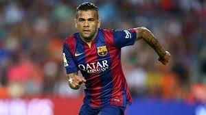 Barca Jelaskan Dani Alves Mungkin Bisa Tetap Di Camp Nou – Dani Alves memang tak lagi muda untuk terus menjadi benteng pertahanan Los Cules, namun Barca belum buka peluang untuk membuang dirinya.