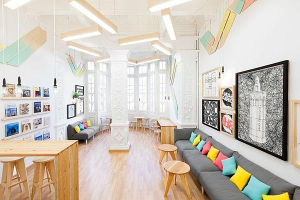 Auffälliges Design in einer Sprachschule in Valencia - http - wohnideen design