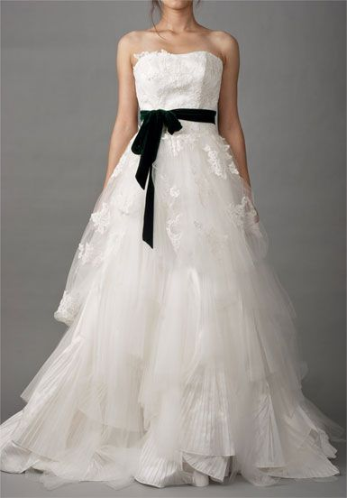Lace-up Dream Wedding Dress with Lace Appliques and Sashes   A-line/Princess,Floor Length,Natural,Court Train,Strapless,Sleeveless,Appliques,Sashes/Ribbon,Lace-Up,Satin,Tulle,Beach/Destination,Garden/Outdoor,Hall,Spring,Summer,Fall,Winter,