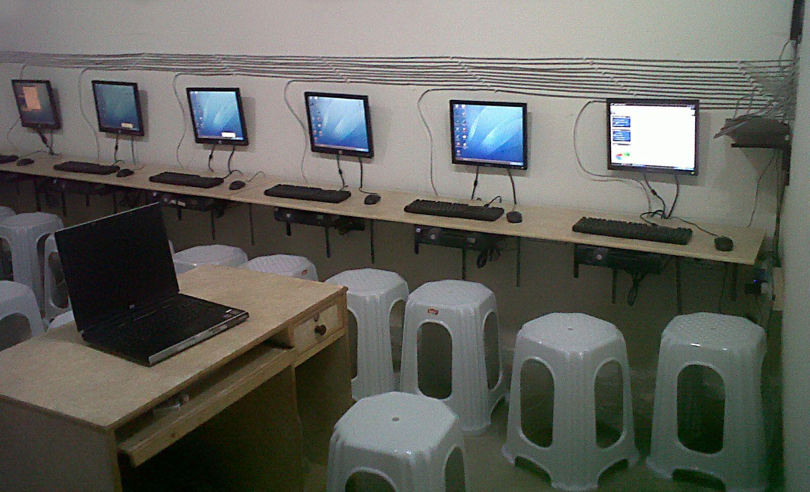 Computer Lab | LABORATORIO DE COMPUTO | Pinterest | Laboratorios