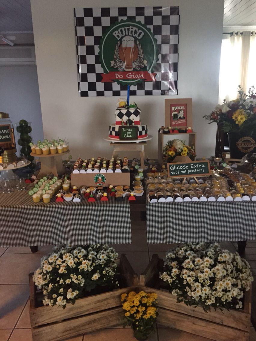 Mesa de doces festa boteco Decor Festa Boteco Birthday decorations, Bar e Table decorations -> Decoração Para Festa Roda De Boteco