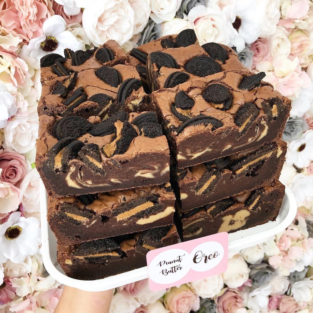 Peanut Butter Oreo Swirl Brownies Swirls White Chocolate Birthday Cake