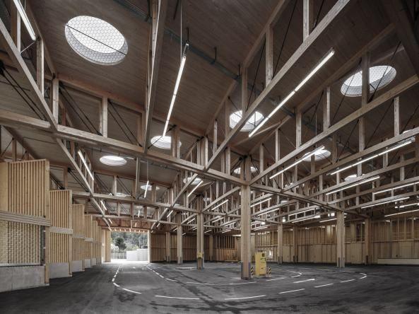 Holz architektur innenraum  recycle, kathedrale, altstoffsammelzentrum, vorarlberg, marte ...