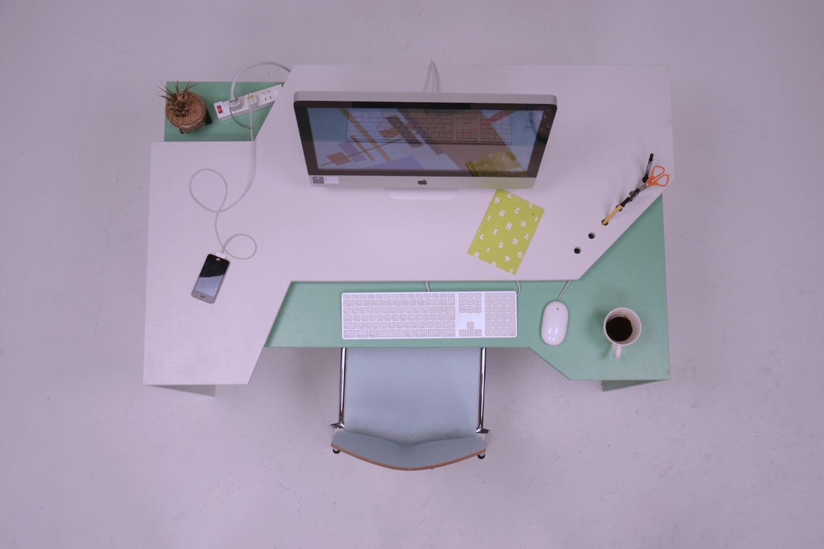 Hideaki asaoka : un bureau pour deux bureaus and takayama