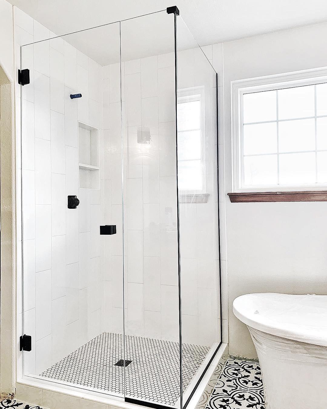 Starphire Vs Clear Glass Black Shower Doors Shower Doors Glass Shower Doors