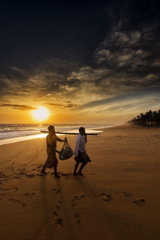 Fishermen In Kerala India Kerala India Incredible India Outdoor Travel