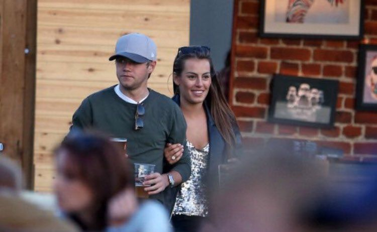f5df29047de I present you Niall Horan and his new girlfriend!!! Oh My God they are so  cute together...! I can t.......I am so happy!