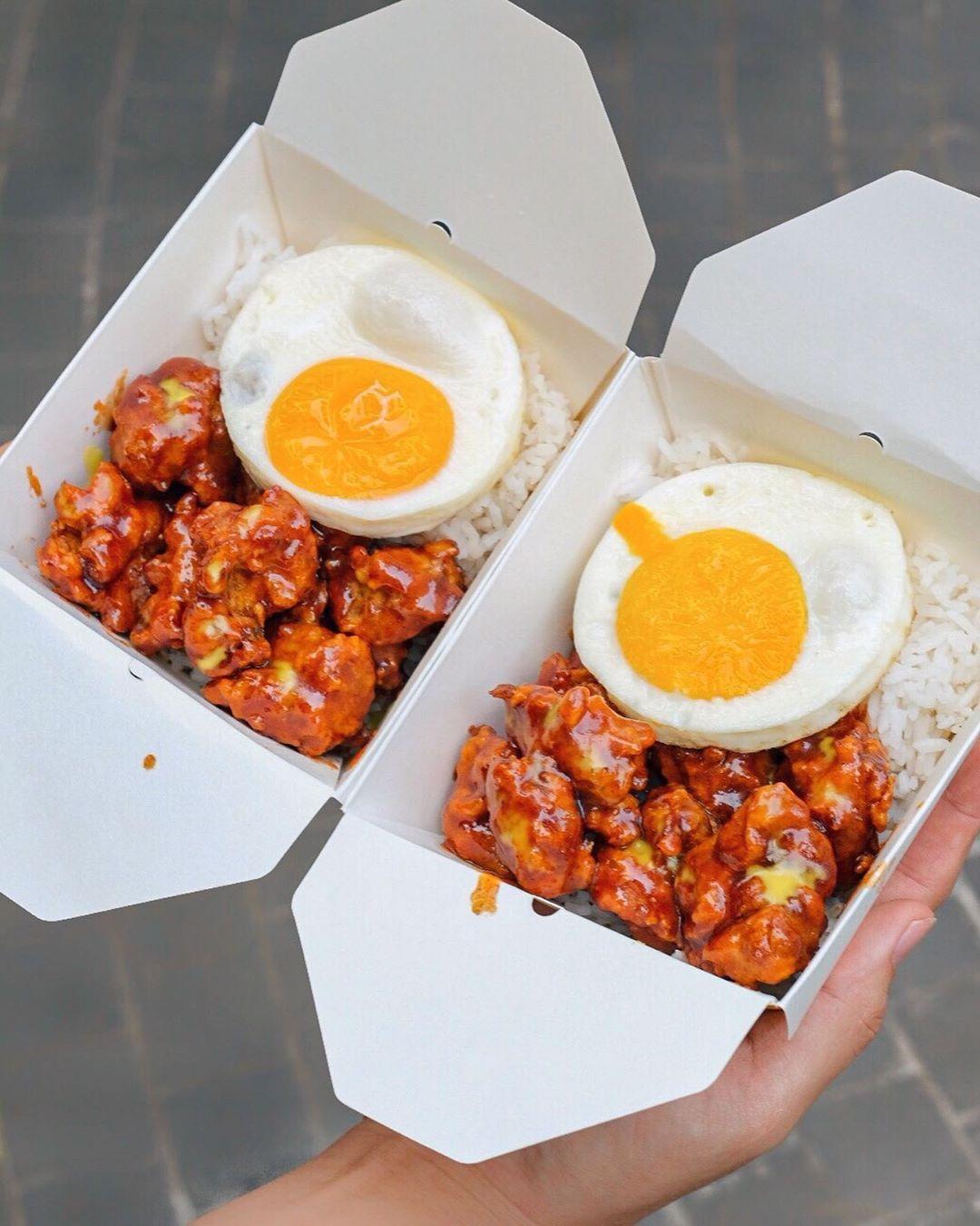 Rice Box Kkuldak Id O Iya Kkuldak Id Akan Mengeluarkan Product Baru Yaitu Namanya Rice Box Dimana Isi Nya Nasi Ayam Yg Di Berikan Sauce Dan Telur Telur