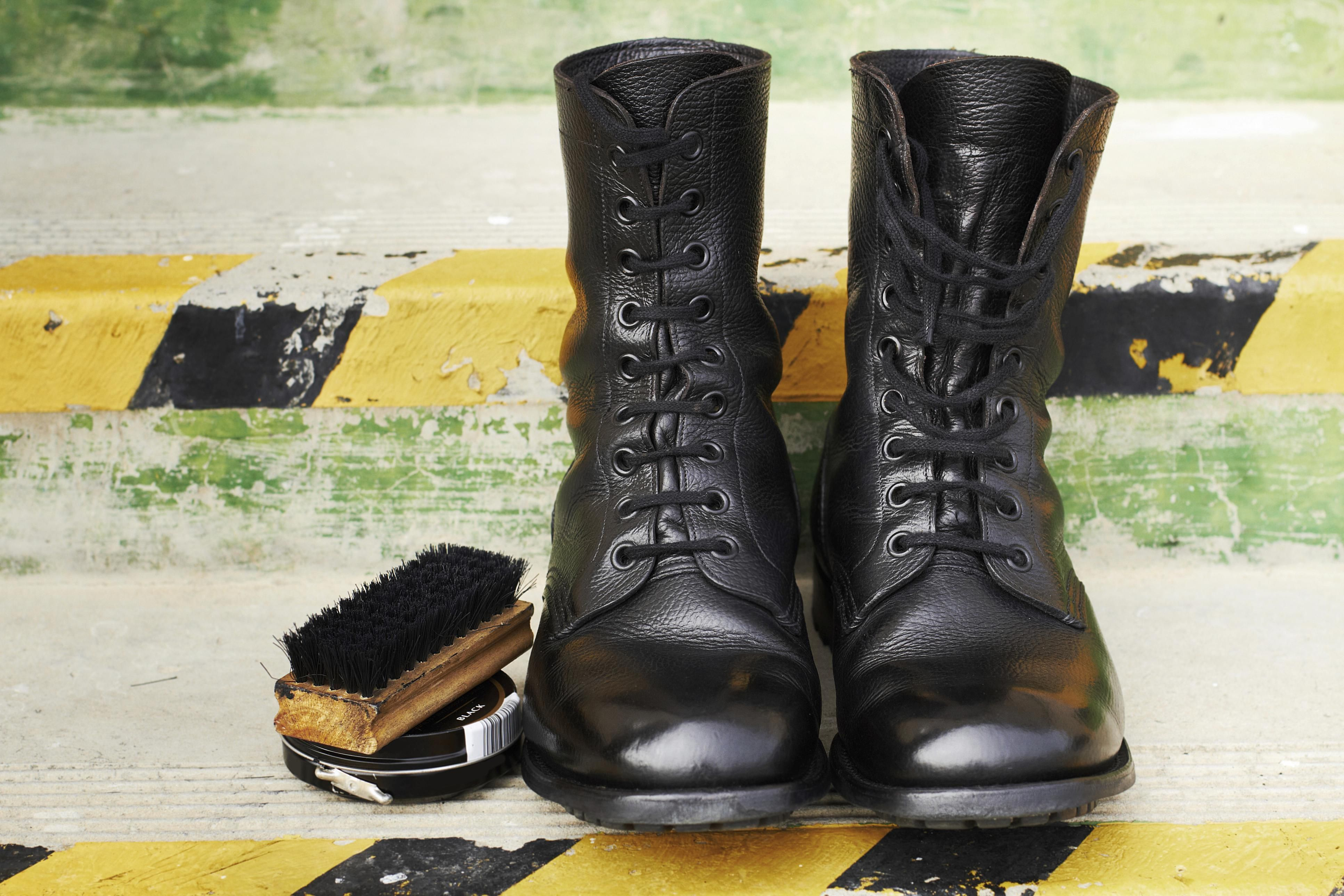 How To Remove Shoe Polish Stains From Clothes And Carpet Cleaning