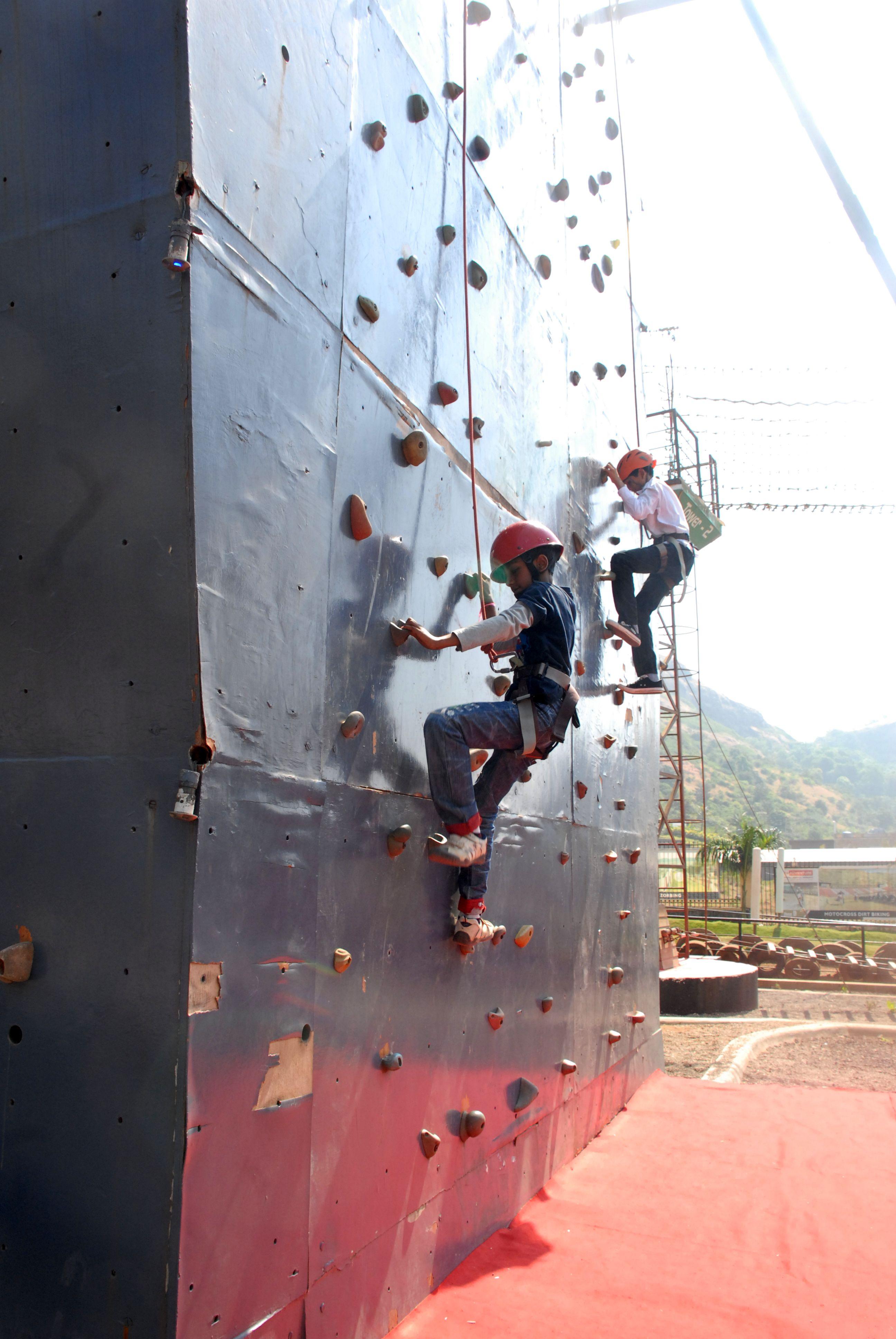 Artificial rock climbing artificial rocks climbing