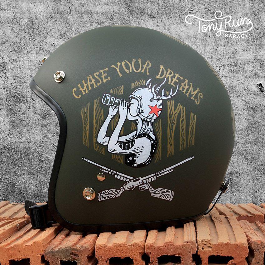 Helmets Painting Collection On Behance Motorcycle Helmet Design Cafe Racer Helmet Custom Motorcycle Helmets