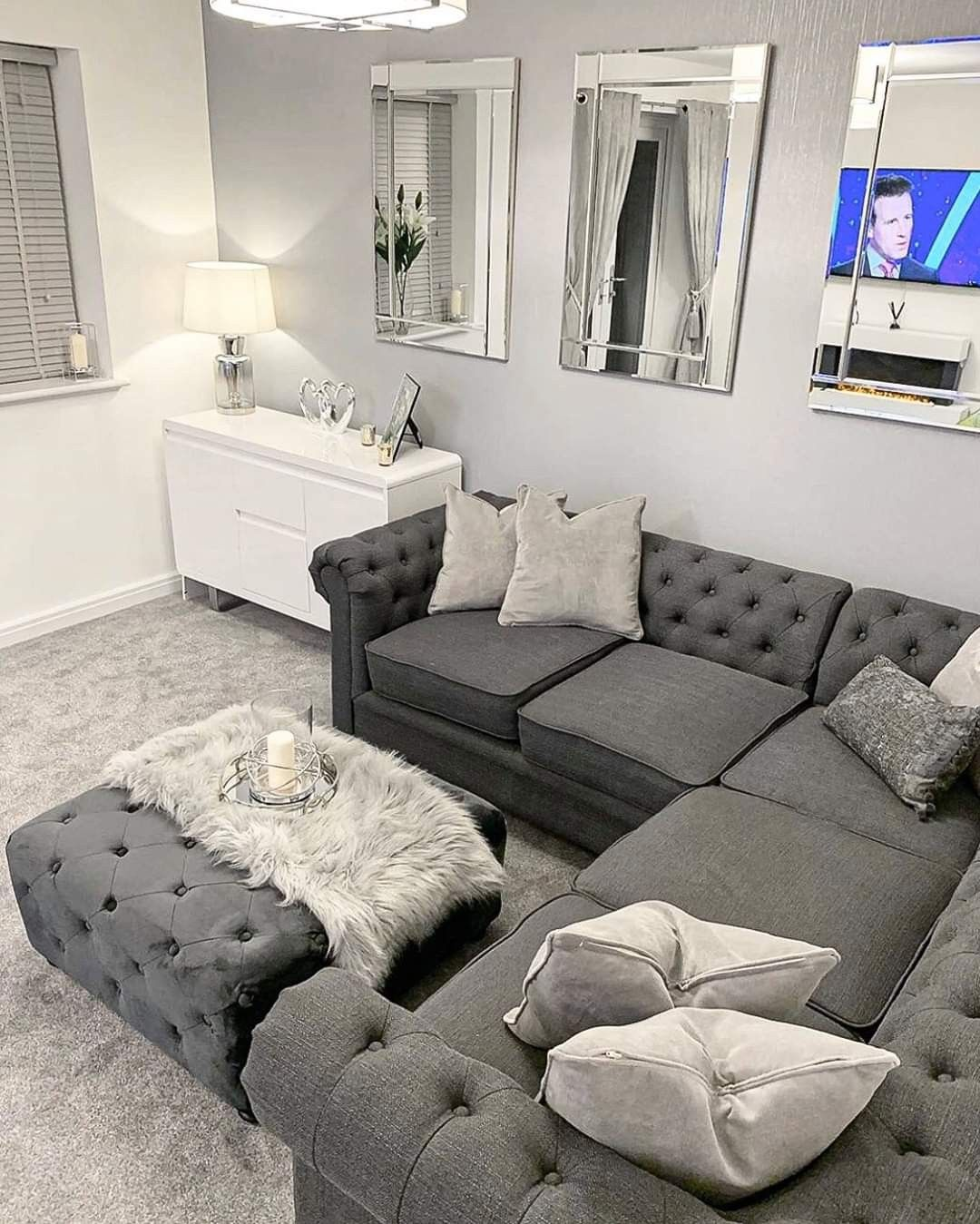 Pin By Adrienne Michelle On Home Sweet Home In 2020 Living Room Ideas Uk Classy Living Room Cosy Living Room