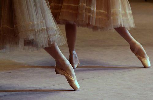 lasylphidedubolchoi:  Bolshoi's Giselle Photo by Ekaterina Vladimirova
