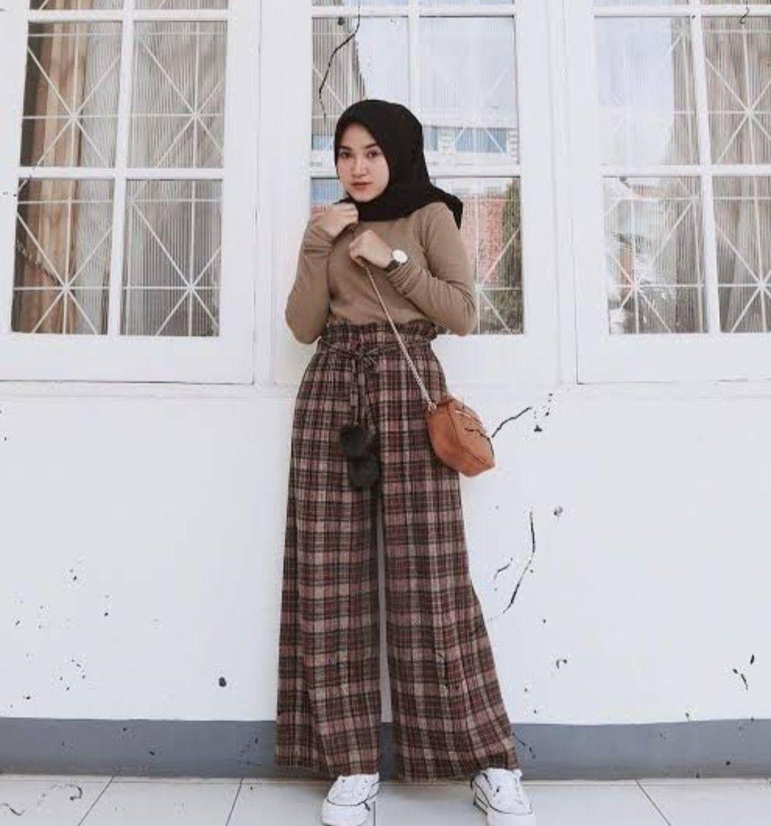 Jika Kamu Pecinta Kulot Hijab Inspirasi Outfit Ini Bisa Banget