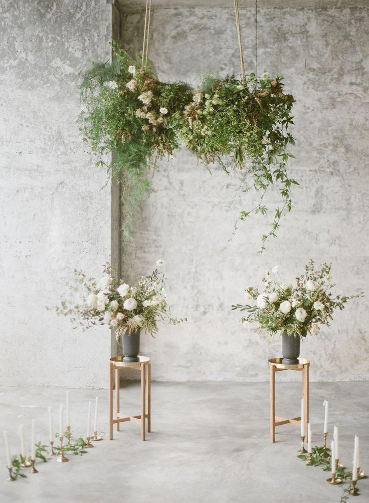 Modern Industrial Meets Chic Organic Style In This Wedding Ceremony Setup Uniqueweddingflower Wedding Ceremony Flowers Ceremony Flowers Unique Wedding Flowers