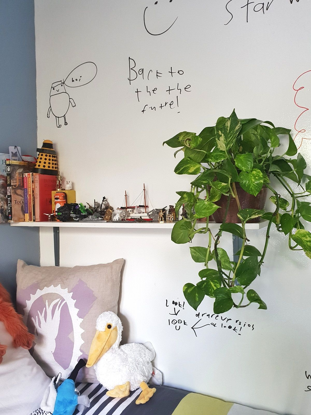 Turn A Wall Into A Whiteboard How To Turn A Wall Into A Whiteboard Using Paint Home Office
