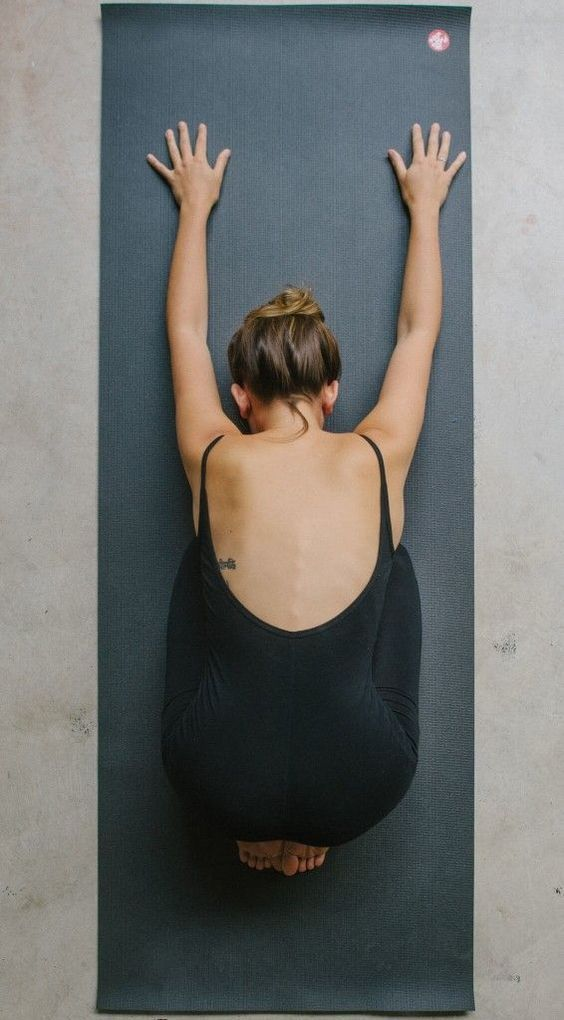 10 Yoga Poses For Those Of Us Who Are NOT Flexible At All - Society19 UK