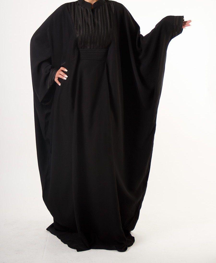 عبايات فراشة سوداء 2018 عبايات فراشة سوداء 2018 عبايات فراشة سوداء حيث تمتاز تصاميم العبايات الحديثة بشكلها الجديد التي تتصف Fashion Dresses Nun Dress