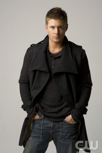 SUPERNATURAL  Image SN2 - 2227  Pictured: JENSEN ACKLES as Dean  Photo Credit: MICHAEL MULLER/THE CW  ©2006 The CW Network, All Rights Reserved