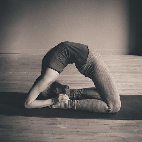 asanas  photo  yoga ioga corpo em movimento