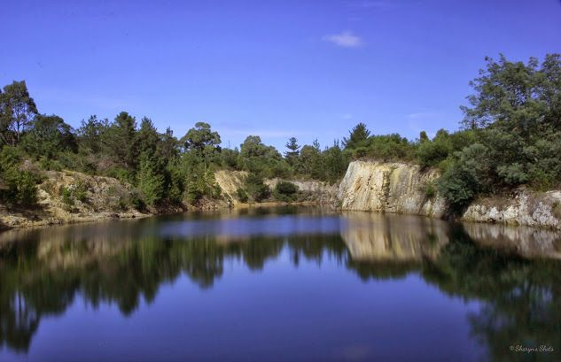 Melbourne Photowalkers - Community - Google+ compliments of Sharyn Graham. This is the Devilbend reservoir. Devilbend Natural Features Reserve is a 1,057 ha park on the Mornington Peninsula 55 km south-east of Melbourne, Australia