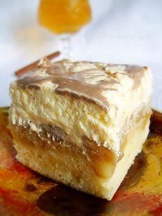 Tarta cu crema de vanilie si mere caramelizate