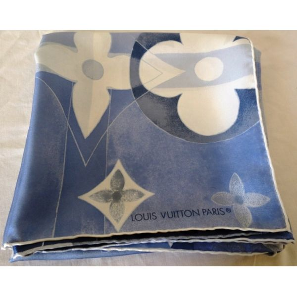 carré de soie monogram,louisvuitton luxe accessoire,silk scarf,  seidentuch,sciarpa, 7146ad781bb