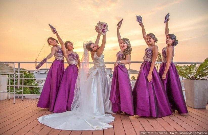 quién corre con los gastos del vestido de las damas de honor? | boda