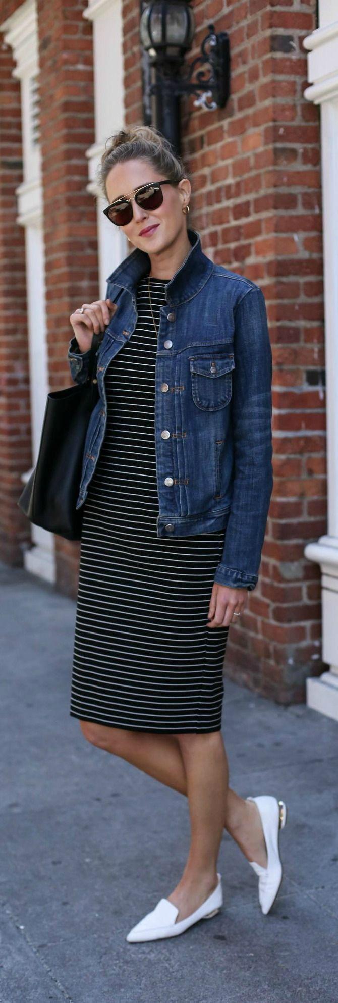 Striped Midi Sheath Dress Denim Jacket White Pointed Toe Loafers Black Tote Bag Gold Lariat Necklace Black Sunglasses M Fashion Outfits Fabulous Clothes [ 1987 x 670 Pixel ]