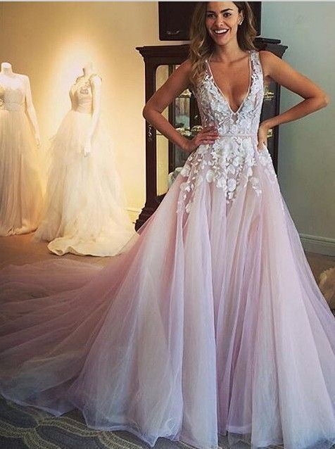 2017 Cute Deep V Lace Appliqued Pink Tulle Sweep Train Prom Dress Ball Gowns Wedding