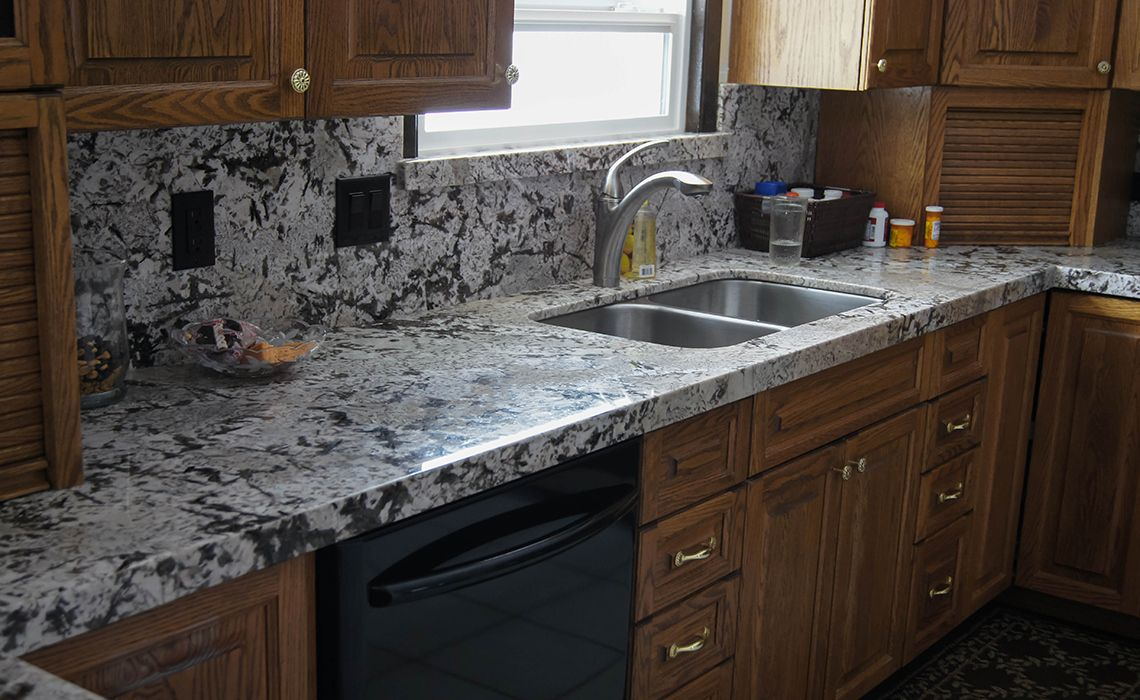 - Chocolate Bordeaux Granite With Miter Apron Edge, Full Height