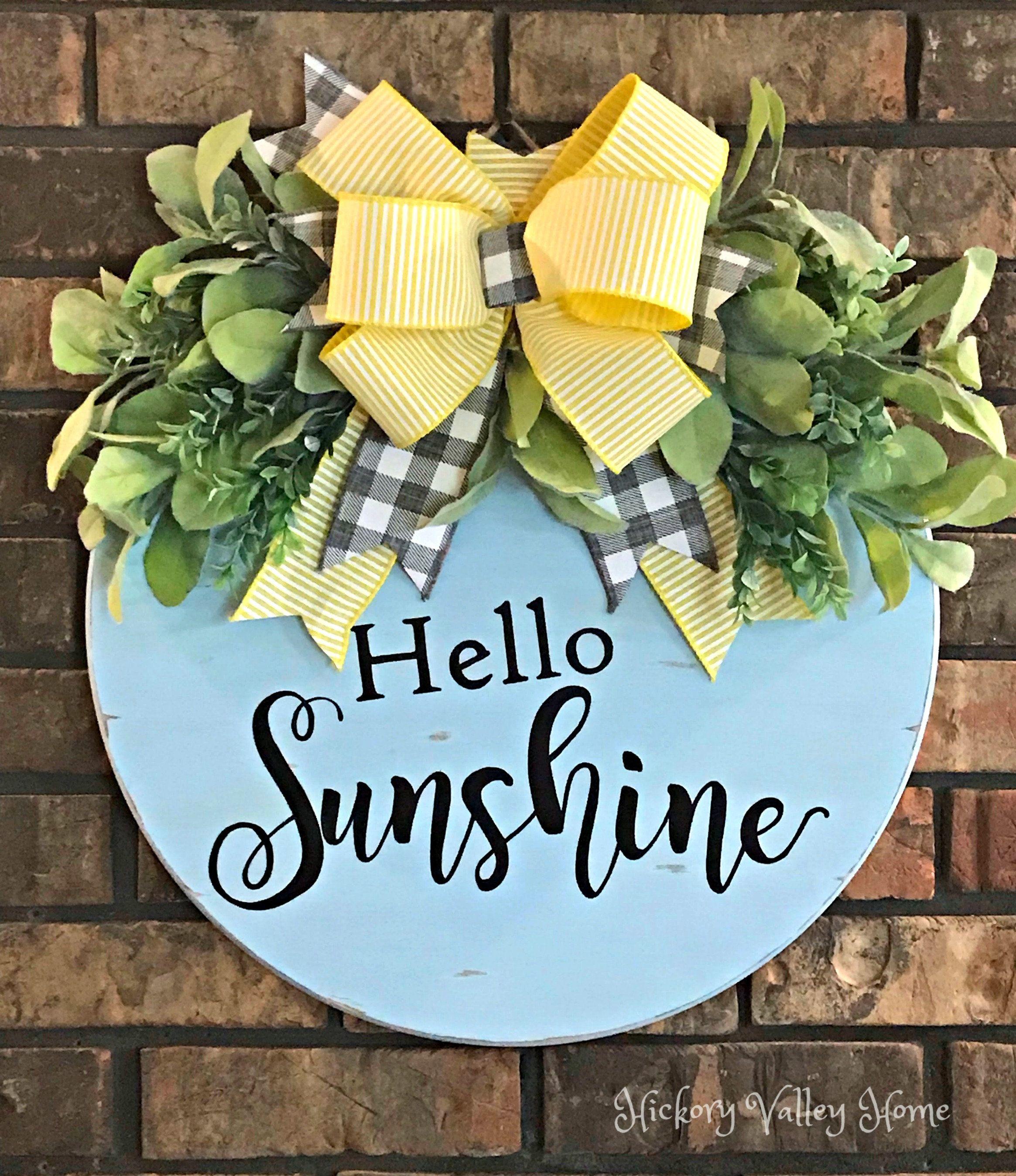 Gardener Hanger Summer Door Hanger Wooden Picket Fence Sign with He Who Plants a Garden Plants Happiness Door Hanger Front Door Wreath