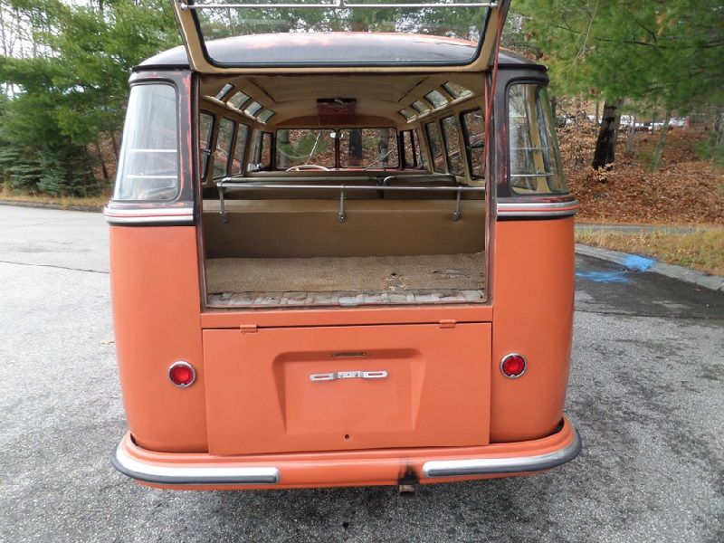 Volkswagen Deluxe Microbus Samba Open boot and tail lights | VW