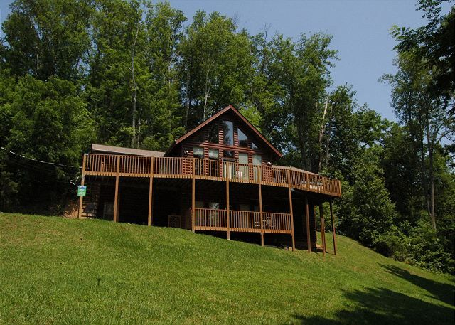 Other Gatlinburg Properties Vacation Rental   VRBO 458303   8 BR Gatlinburg  Cabin In TN, Gatlinburg 8 Bedroom Cabin In The Mountains Life Of Luxury 12