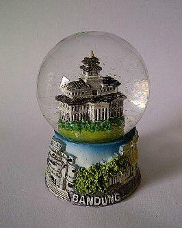 Snowglobe  Bandud - Indonesia