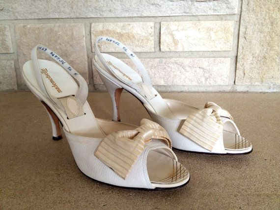 MAE OPTION $75 50s Slingback High Heels White Leather size 7 by TopSpecialVintage, $75.00