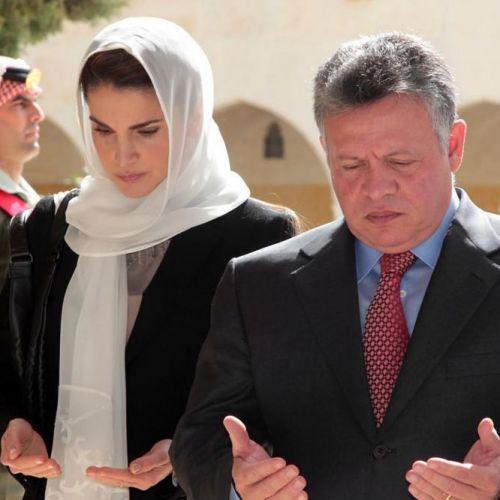 Rania Et Abdullah De Jordanie Recueillis Pour Les 14 Ans De La Mort D Hussein Jordanie La Reine Rania Reine