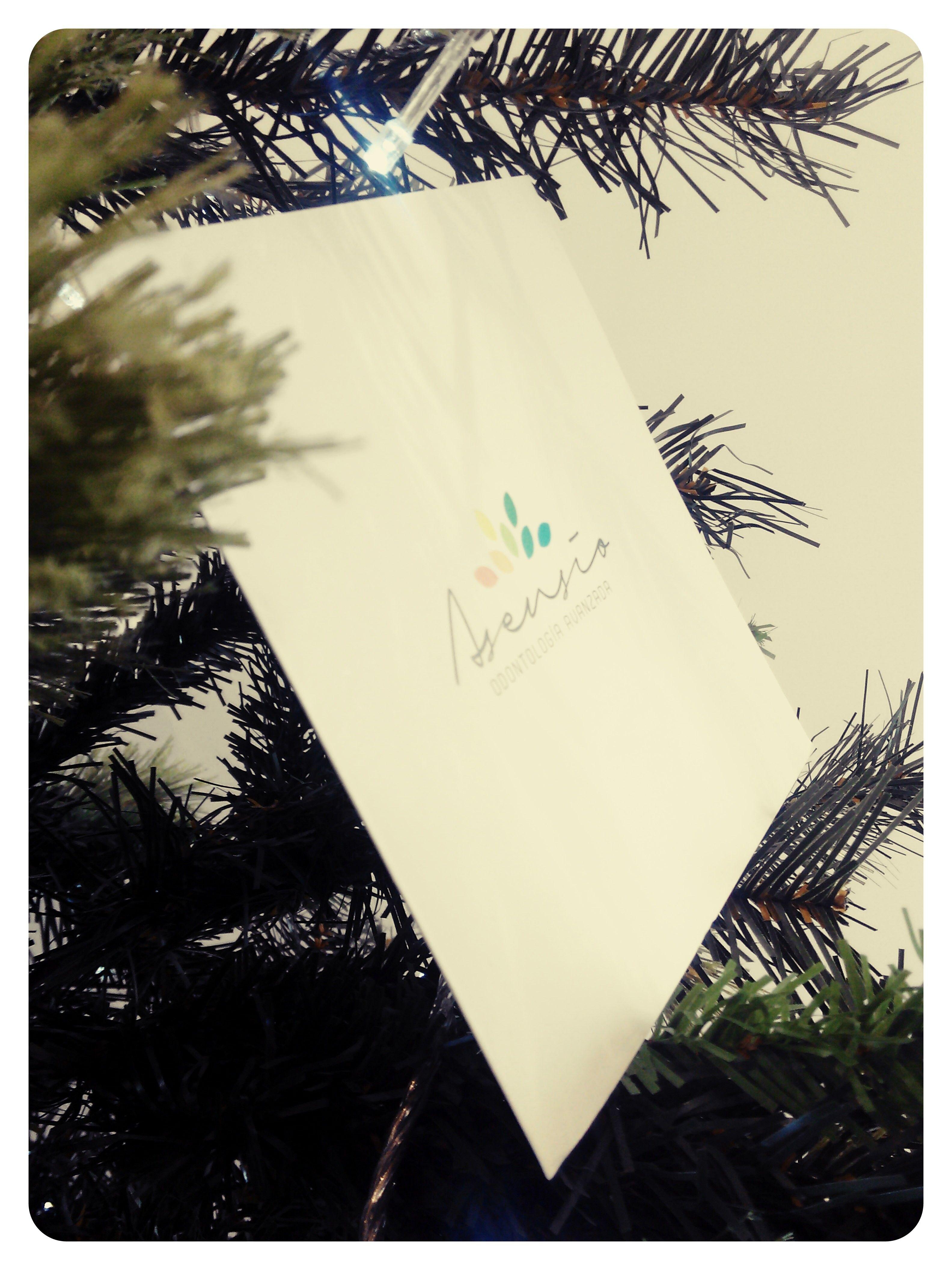 La navidad se cuela en nuestra clínica dental... Felices fiestas!