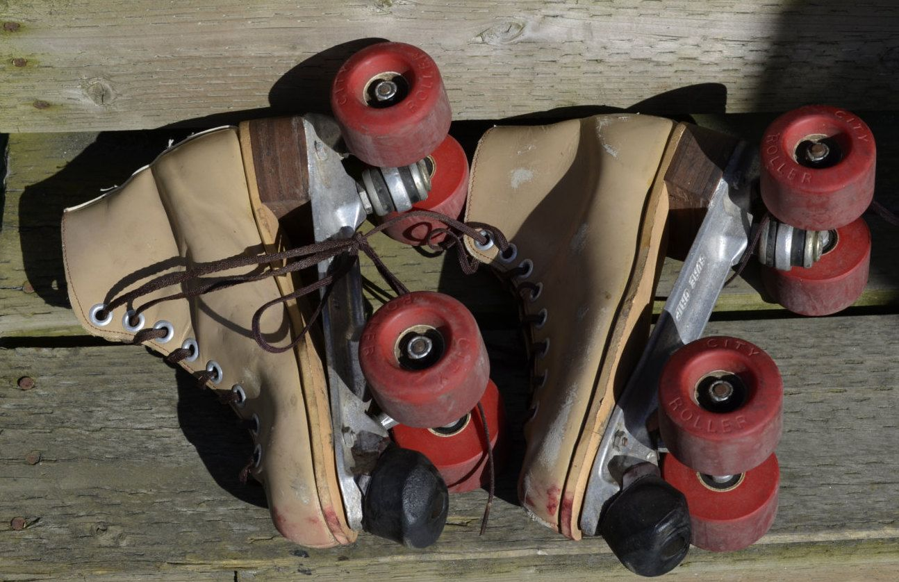Riedell Vintage Roller Skates Red Wing Roller Derby Speed ... |Vertical Quad Cities