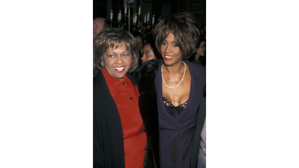 021616 shows manns world 6 of Your Favorite Famous Gospel Families Whitney Cissy Houston 5