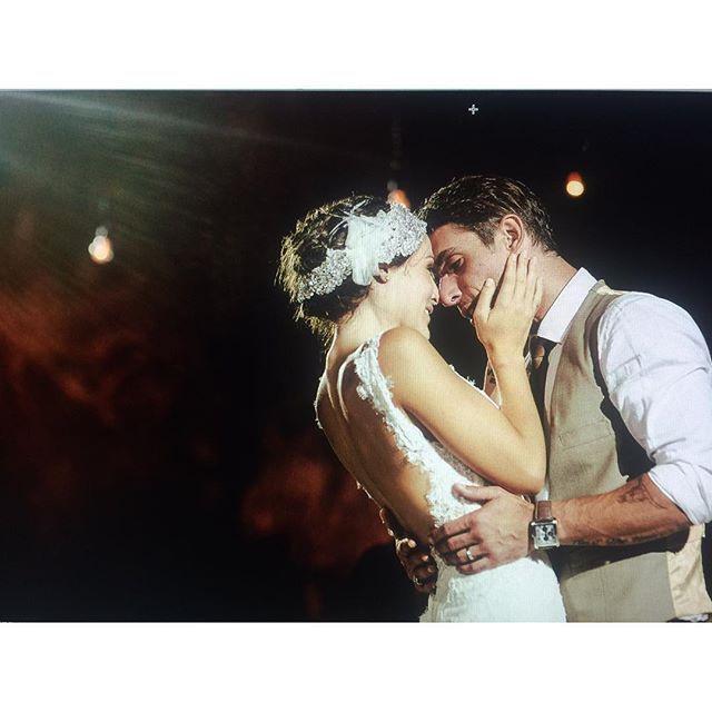 Zuria Vega festeja un año de casada con Alberto Guerra