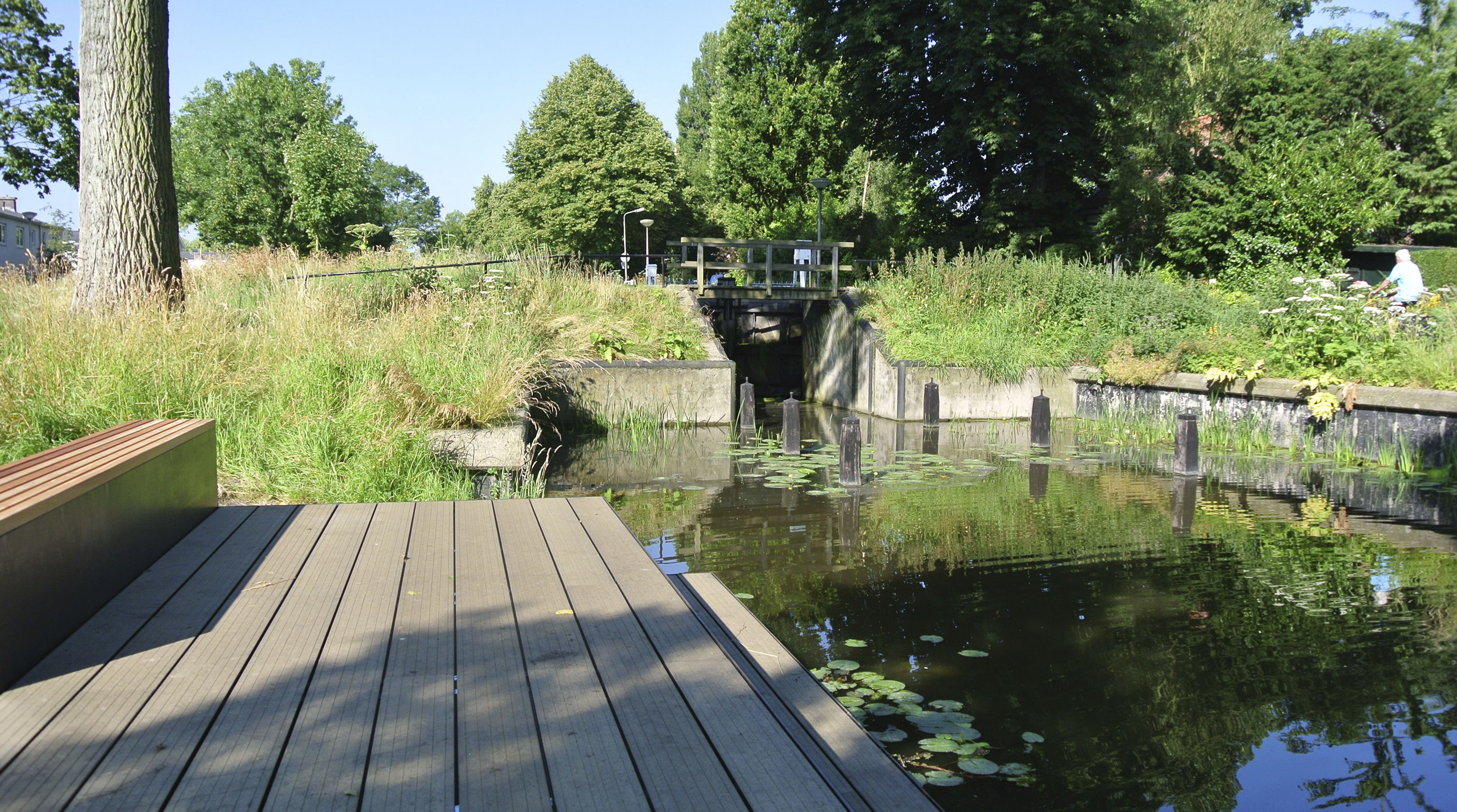 Vlonder Delft. Designed by Bureau Stoep