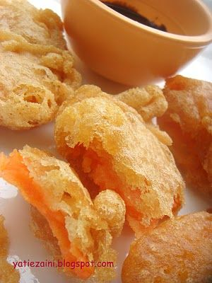 Keledek Goreng Sweet Potato Fritter I Need To Find The Right Batter Mixture Have Used The One Below And It Didn T Stick Sweet Potato Fritters Food Snacks