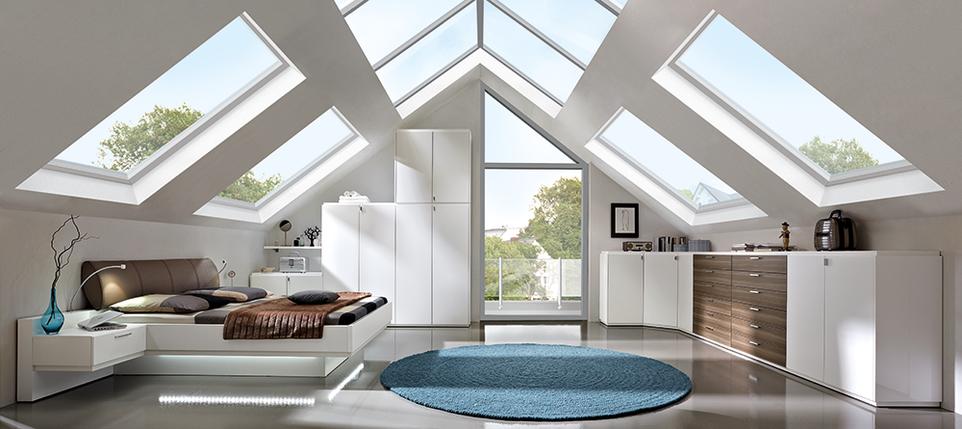 kleiderschrank f r dachschr ge wei beim bbm. Black Bedroom Furniture Sets. Home Design Ideas
