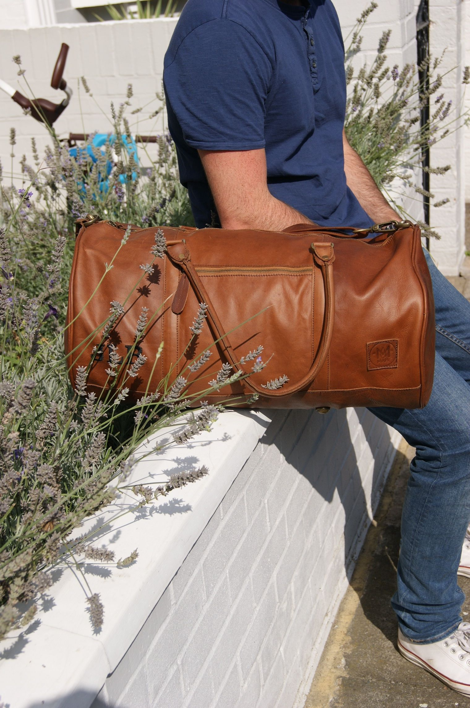 b64b44475409b5 A brand new vintage MAHI leather duffle ready for its first weekend on the  road