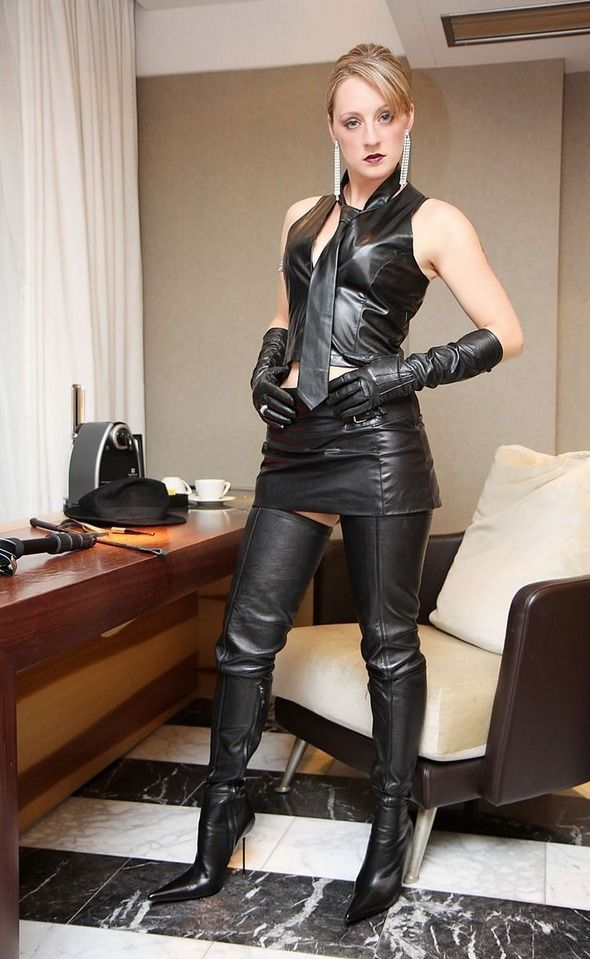 Leather boots sex tranny