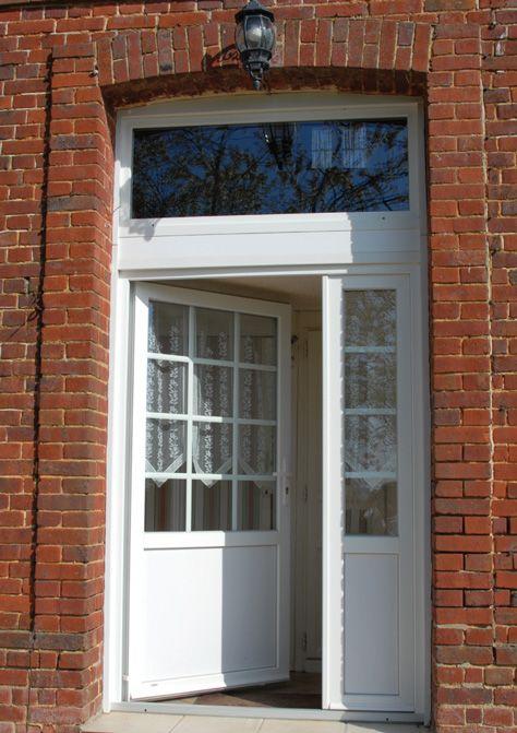 porte d 39 entr e en pvc alu ou bois les authentiques porte d 39 entr e lorenove. Black Bedroom Furniture Sets. Home Design Ideas
