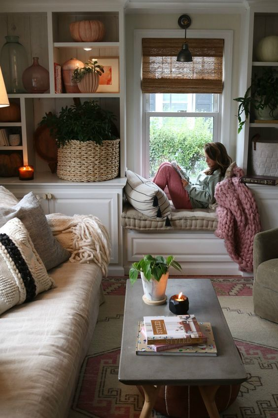 40+ Affordable Ways to Make Your Home Feel Cozier - Page 25 of 44 #cozyhomes
